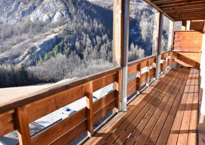 Balcony (level 1)