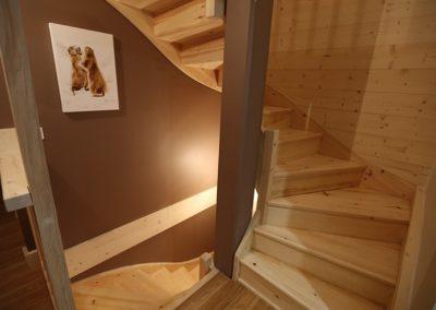 Le Hameau du Pontet - Escalier vers niveau -2