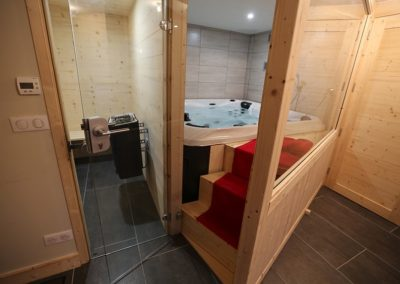 Le Hameau du Pontet - Jacuzzi et sauna niveau -2